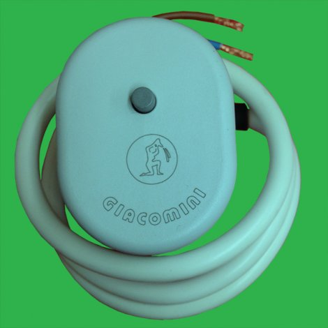 Giacomini 2 Wire 230 v Underfloor Thermal Actuator R478 Normally Open
